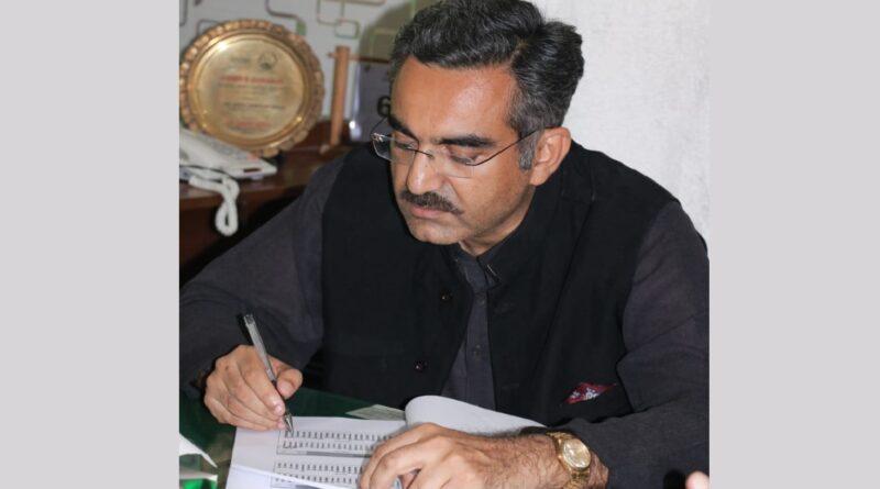 دودھ اور گوشت کی پرائس ڈی کیپنگ کا معاملہ کابینہ میں زیر غور ہے:وزیر لائیوسٹاک حسنین دریشک